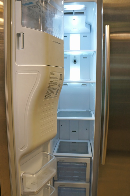 The automatic icemaker is built into the door to allow for more usable capacity in the freezer.