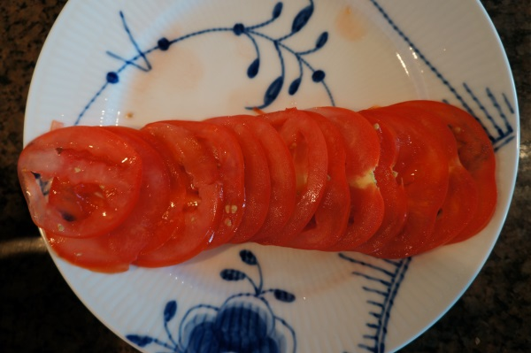 Tomato slices were consistent.