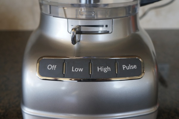 The buttons on the KitchenAid were stiff and hard-to-use.