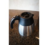The Optimal Brew model utilizes a stainless steel insulated thermal carafe.